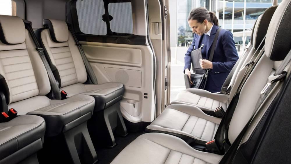 Ford Custom Tourneo 8 Amp 9 Seat Minibus Sales 163 22 000 00